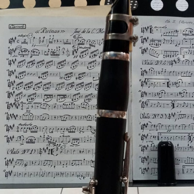 8 Tips to Learning Music & Its Benefits
